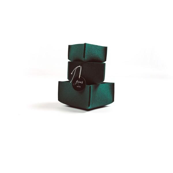 Box M klein